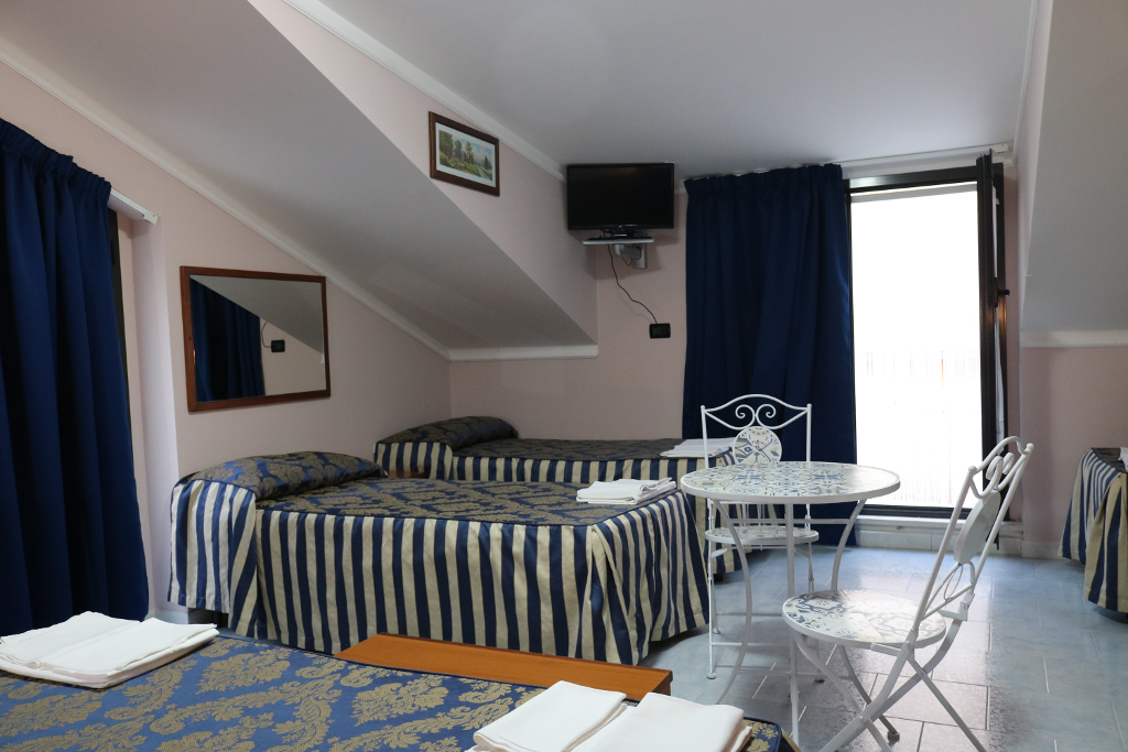 10_camere_carriera_hotel